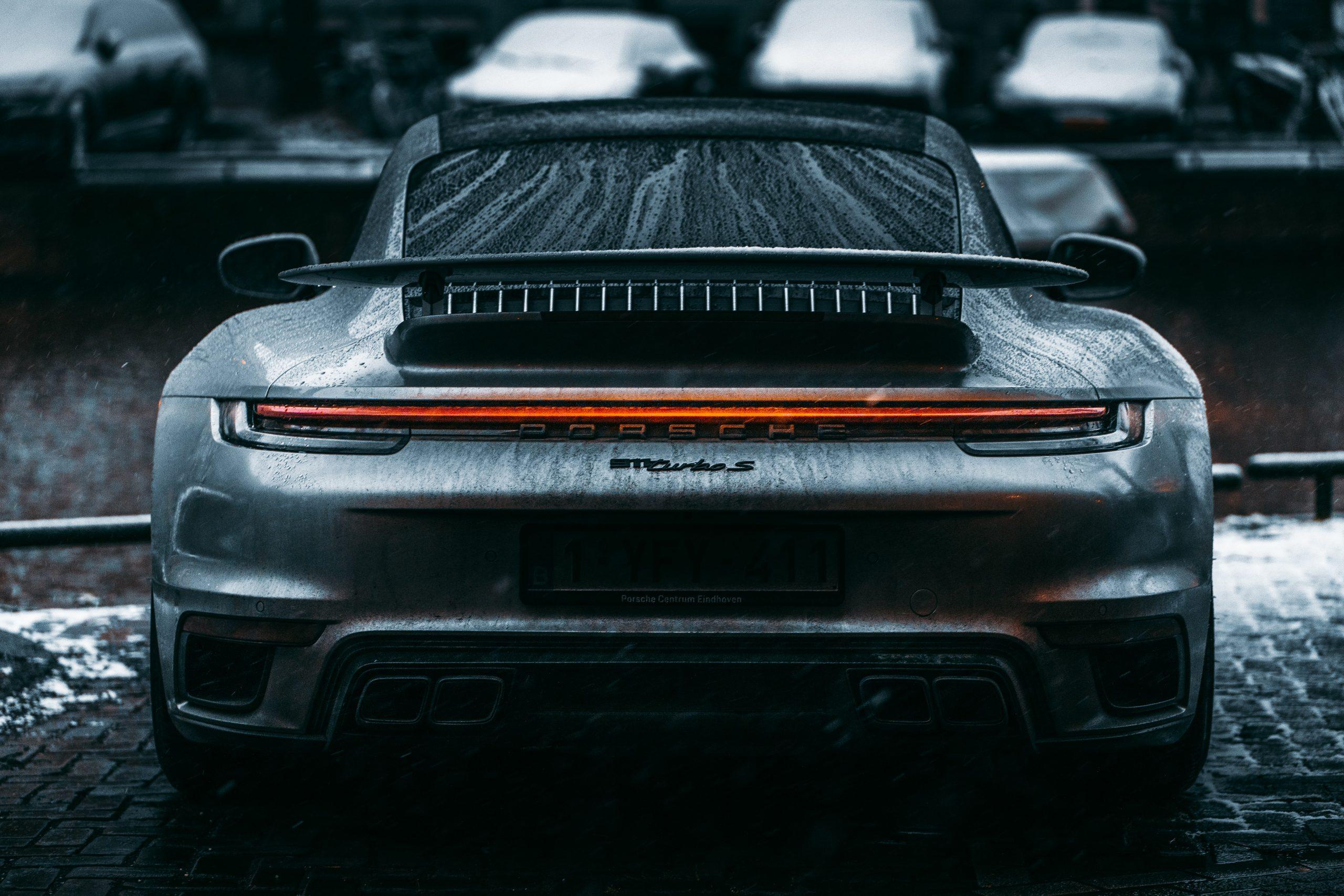 Acheter une voiture en Allemagne dans un garage2 scaled - Acheter une voiture en Allemagne dans un garage